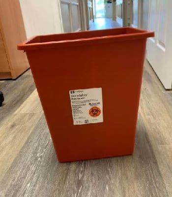 8 gallon sharps container